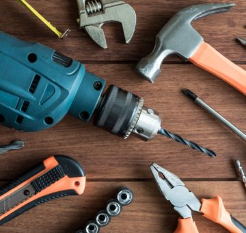 5 Tool Buying Tips to Nail it With the Handy People on Your List