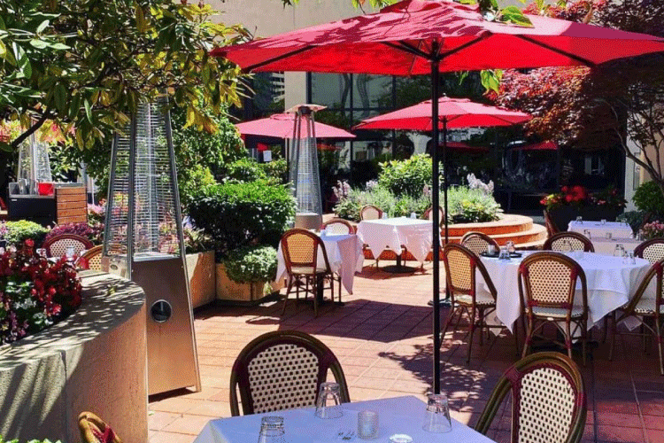 italian kitchen patio restaurant in vancouver - change the way you shop and pay with moola