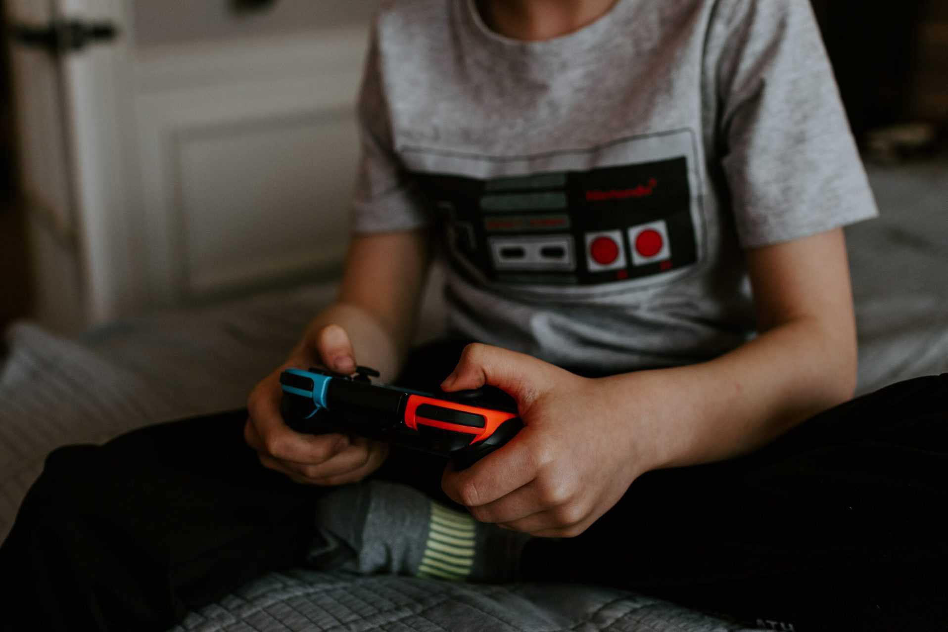 Managing kids gaming: make it easier on yourself with this Ultimate Guide